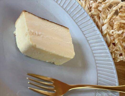 ビストロ「シシ」第3弾 10倍デビルチキン&ひのき香るチーズケーキ